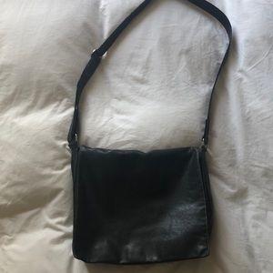 Kenneth Cole Black Leather Messenger Bag
